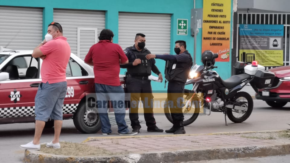 Policíacas, novedades, Carmen, accidente - Invade carril y causa accidente - policiacas